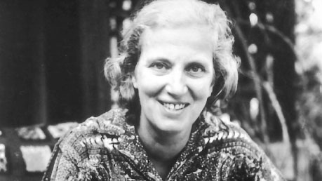Black and white photo of Dorothy Hodgkin